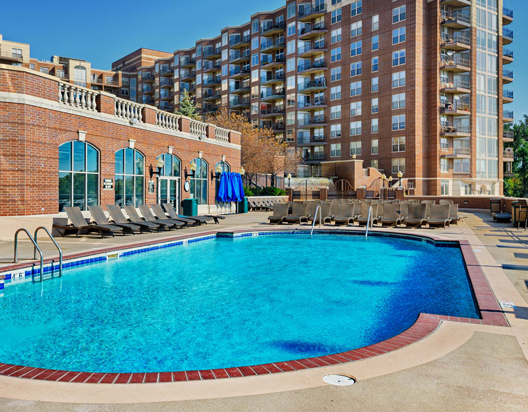 Calhoun Beach Club Apartments, Minneapolis, MN - Pool and patio